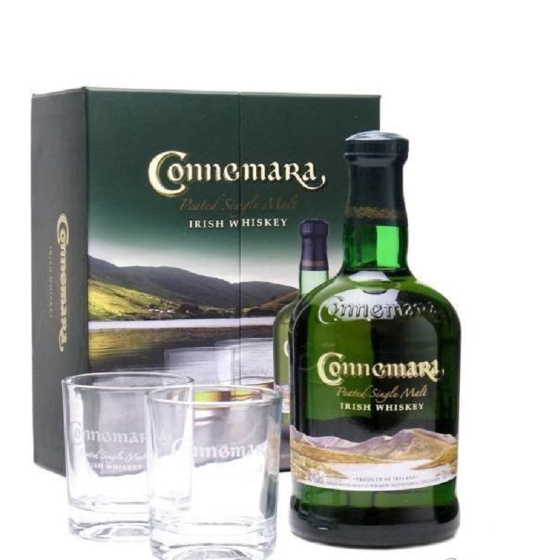 Connemara Peated distillers edition se skleničkami