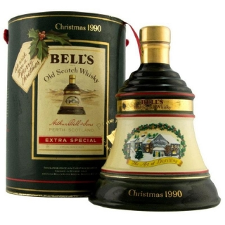 Bell's Decanter Christmas 1990 Scotch Blended whisky