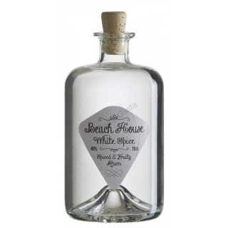 Beach House White Spiced rum 0,7