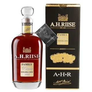 A. H. Riise Family Reserve Solera rum 0,7